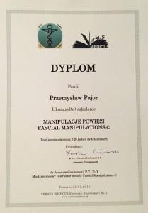 Manipulacje powięziowe to forma terapi manulanej ktora zna fizjoterapueta Przemyslaw Pajor